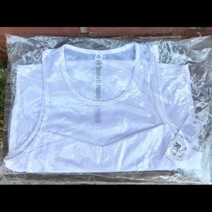 manduka Solite Crop Top in White Mesh Back NWT